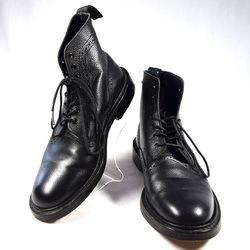 Trickers × SHIPS / トリッカーズ × シップス ◆7ホールレザーブーツ/ウィングチップ/ブラック/サイズ不明 メンズファッション【メンズ/MEN/男性/ボーイズ/紳士】【靴/クツ/シューズ/SHOES】 【中古】