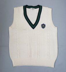 日本の学校の制服(明治学院高校夏服)