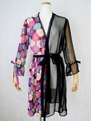 【サイズM】ギャザー袖和柄シースルー羽織(半身レトロ菊・紫)