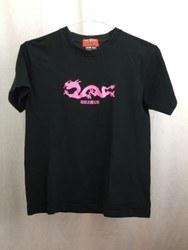 CREAM SODA クリームソーダ一 プリント ピンクドラゴン 粉紅之龍公司 半袖Tシャツ S ブラック×ピンク/トップス【中古】[☆3]