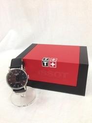 TISSOT ティソ T109407 EVERY TIME DATE SWISSMATIC 革バンド ブラック シルバー 腕時計/時計【中古】[☆3]