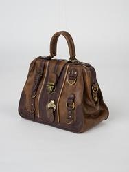 羽刺繍ボックスバッグ