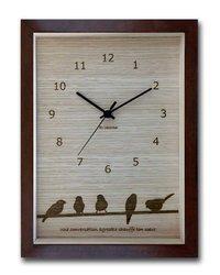掛け時計 小鳥のレーザー彫刻 音がしない 小さめサイズ W22cm H27cm 置いても飾れる厚み4cm   北欧 かわいい おしゃれ ナチュラル【店頭受取対応商品】